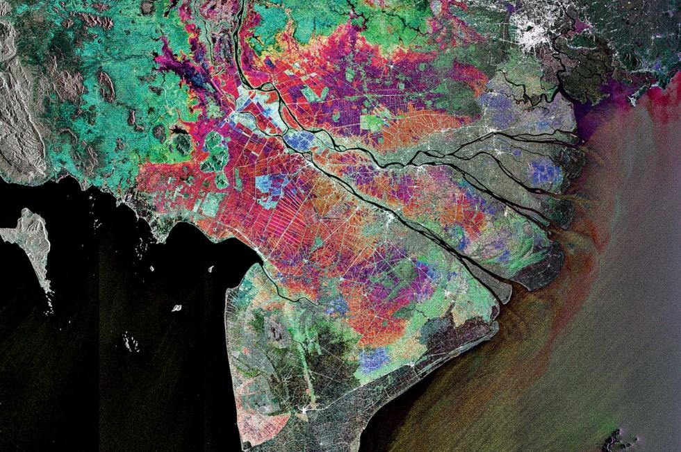 http://www.esa.int/spaceinimages/Images/2009/04/Vietnam_s_Mekong_Delta